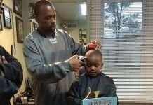 sconto parrucchiere bambini leggono