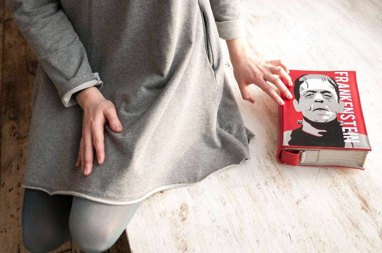 krukrustudio-book-bags-16