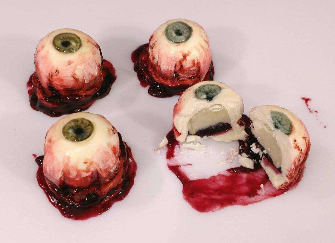 torte horror - deviant desserts 1 - Torte horror e dolcetti insanguinati. Le inquietanti creazioni di Deviant dessert