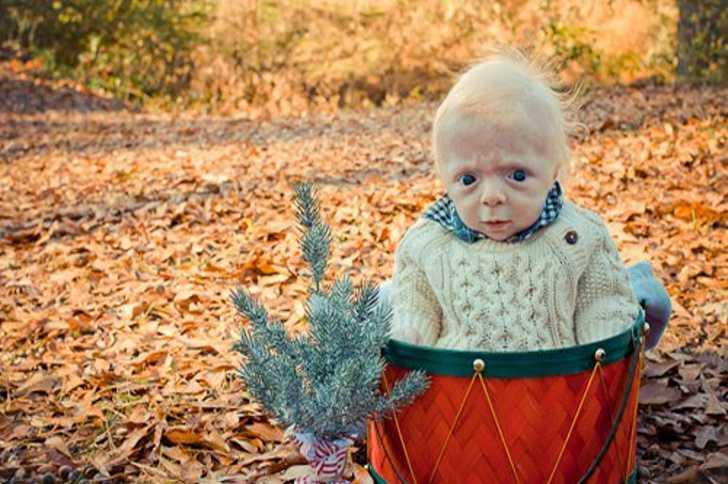 Foto di bambini nati già vecchi