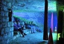 film catacombe parigi