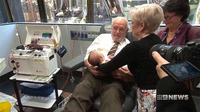 James Harrison, l'uomo dal braccio d'oro che ha salvato 2 milioni e mezzo di bambini