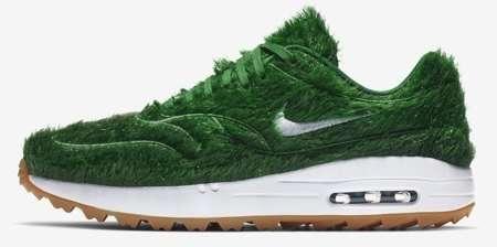 Le Nike erba sono le scarpe che aspettano solo te
