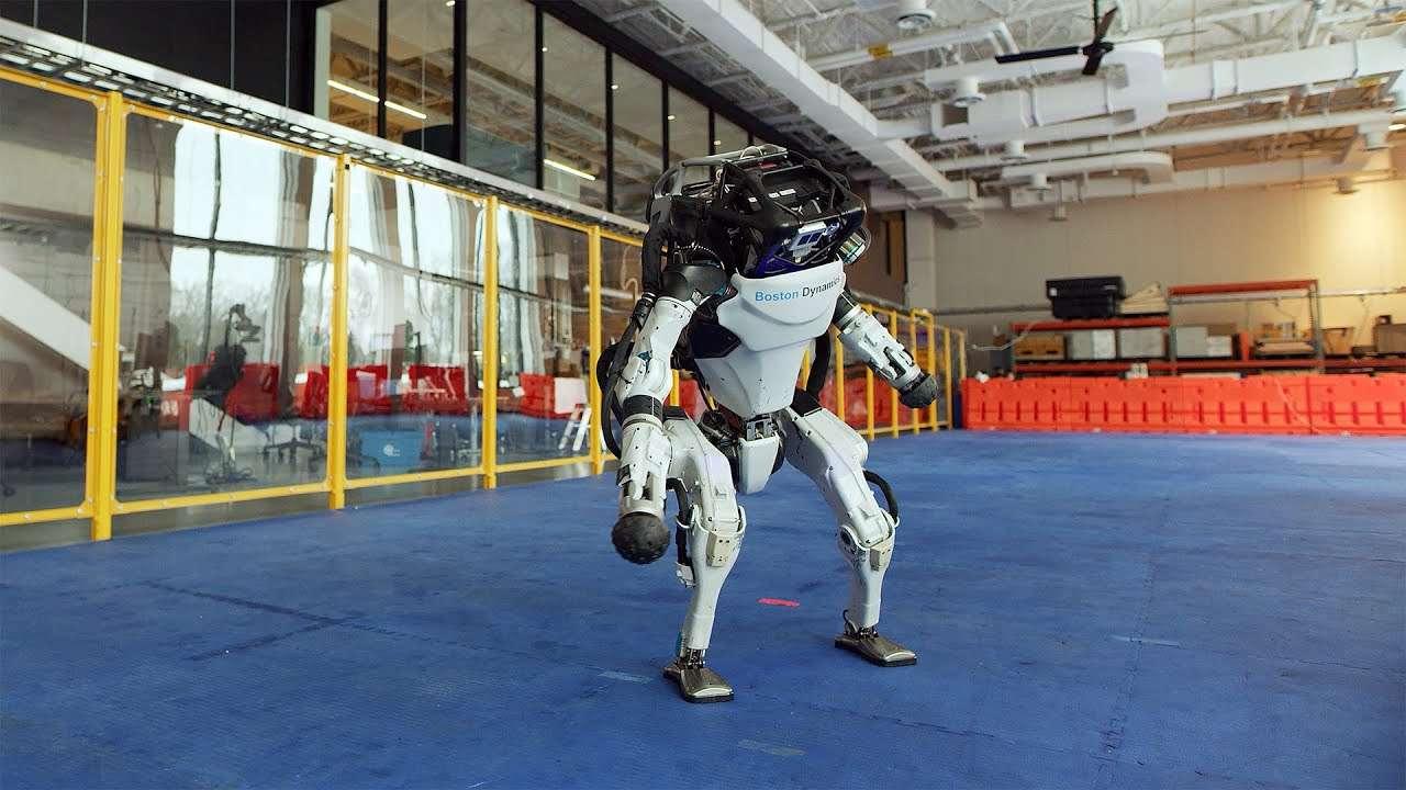 Il video con i robot della Boston Dynamics che ballano è bellissimo